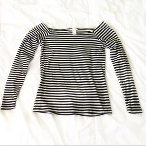 H&M Striped Off-the-Shoulder top
